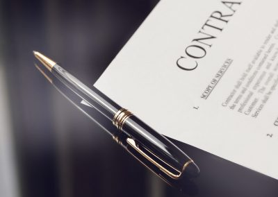 Should Your Business Use Contracts?